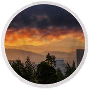 Sunsrise Over City Of Portland And Mount Hood Round Beach Towel