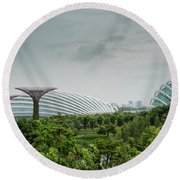 Supertrees At Gardens By The Bay Round Beach Towel