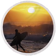 Surfer Walking At Sunset Round Beach Towel