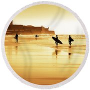 Surfers Silhouettes Round Beach Towel by Carlos Caetano
