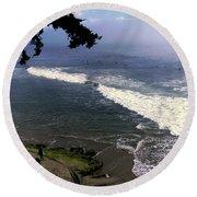 California Surfers Round Beach Towel