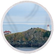 Swallowtail Lighthouse And Keeper Round Beach Towel