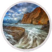 Sweeping Tides Round Beach Towel