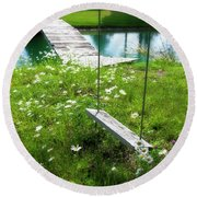 Swing In The Daisies With Bridge Round Beach Towel