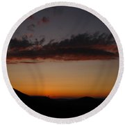 Pennsylvania Sunset In Haltzon Round Beach Towel