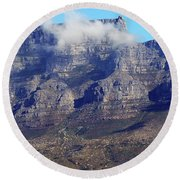 Table Mountain In The Clouds Round Beach Towel