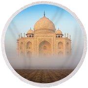 Taj Mahal In The Mist Round Beach Towel
