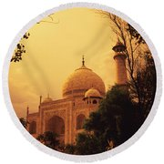 Taj Mahal Sunset Round Beach Towel