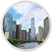 Tall Towers In Chicago Round Beach Towel