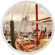Tarpon Springs Harbor Round Beach Towel