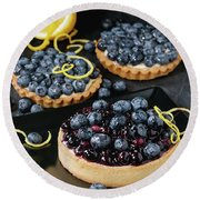 Tart With Blueberries Round Beach Towel