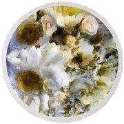 Tattered Bouquet Round Beach Towel