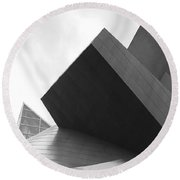 Taubman Abstract Bw Round Beach Towel