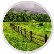 Tea Creek Meadow And Buttercups Round Beach Towel