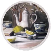 Tea With Lemon Round Beach Towel
