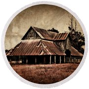 Teaselville Texas Barns Round Beach Towel