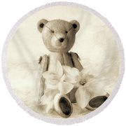 Teddy With Daffodils - Toned Round Beach Towel