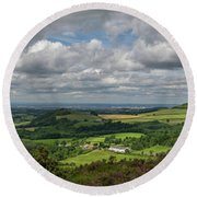Tees Plain And Roseberry Topping Round Beach Towel
