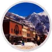 Telluride For The Holiday Round Beach Towel