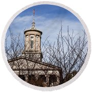 Tennessee State Capitol Building Round Beach Towel