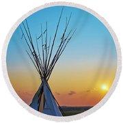 Tepee At Sunset Round Beach Towel