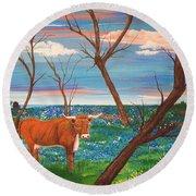 Texas Cow's Blulebonnet Field Round Beach Towel