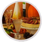 Thanksgiving Table Round Beach Towel