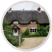 Thatched Cottages Of Hampshire 11 Round Beach Towel