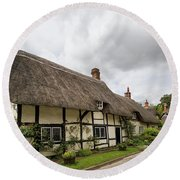 Thatched Cottages Of Hampshire 14 Round Beach Towel