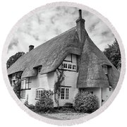 Thatched Cottages Of Hampshire 17 Round Beach Towel