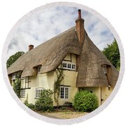 Thatched Cottages Of Hampshire 18 Round Beach Towel
