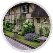 Thatched Cottages Of Hampshire 24 Round Beach Towel