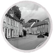 Thaxted Cottages In Black And White Round Beach Towel