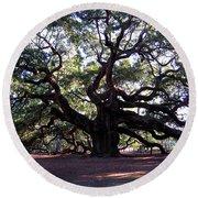 The Angel Oak In Charleston Sc Round Beach Towel