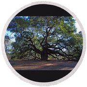The Angel Oak In Spring Round Beach Towel