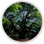 The Angel Oak In Summer Round Beach Towel