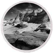 The Bisti Badlands - New Mexico - Black And White Round Beach Towel