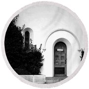 The Blue Door B And W Round Beach Towel