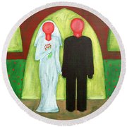 The Blushing Bride And Groom Round Beach Towel