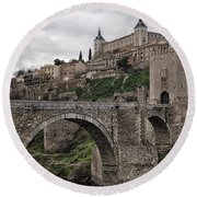 The Castle And The Bridge Round Beach Towel