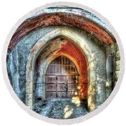 The Castle Door - La Porta Del Castello Round Beach Towel