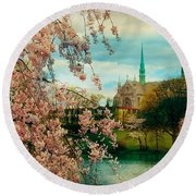 The Cathedral Basilica Of The Sacred Heart Round Beach Towel
