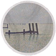 The Channel At Nieuport Round Beach Towel
