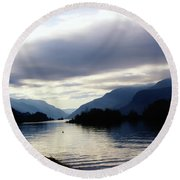 The Columbia River  Round Beach Towel