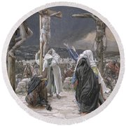 The Death Of Jesus Round Beach Towel by Tissot