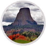 The Devils Tower Wy Round Beach Towel