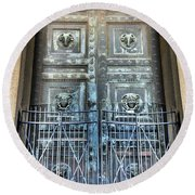 The Door At The Parthenon In Nashville Tennessee Round Beach Towel