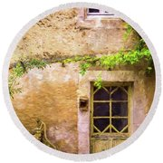 The Doorway To Provence Round Beach Towel