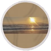 The Edge Of The Earth Round Beach Towel