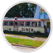 The Farmers Diner Round Beach Towel